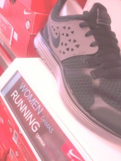 Hollywood Half Marathon – Running Shoes & Fashion