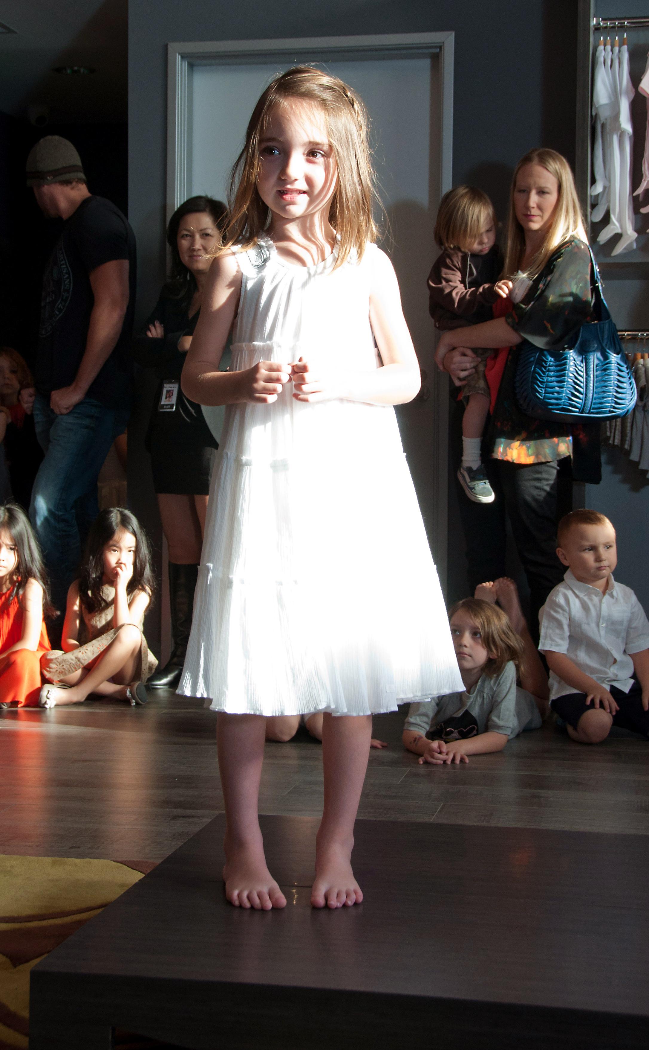 Mari Fashion Show